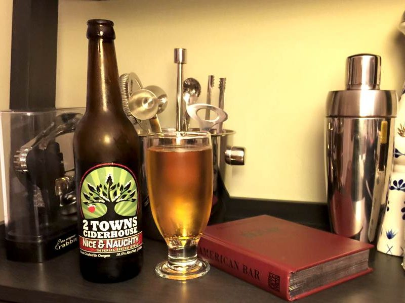2 Towns Ciderhouse Nice & Naughty Hard Cider Review
